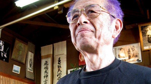 """Mensaje de Soke. En la clase del día 24 de Enero, Sensei repitió una y otra vez mientras enseñaba Tachi como """"tema del año"""", que NADIE debería enseñar lo que VE en Japón hasta 3 a 5 años MAS TARDE..."""